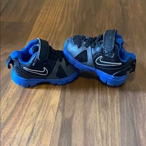 Cute Nike Shoes💙